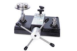 Equipamento para calibração de manômetros
