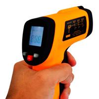 Laboratório de calibração de termômetros