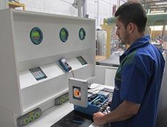 Empresa de manutenção de máquina emic