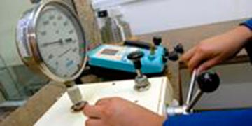 Calibração de medidor de pressão digital